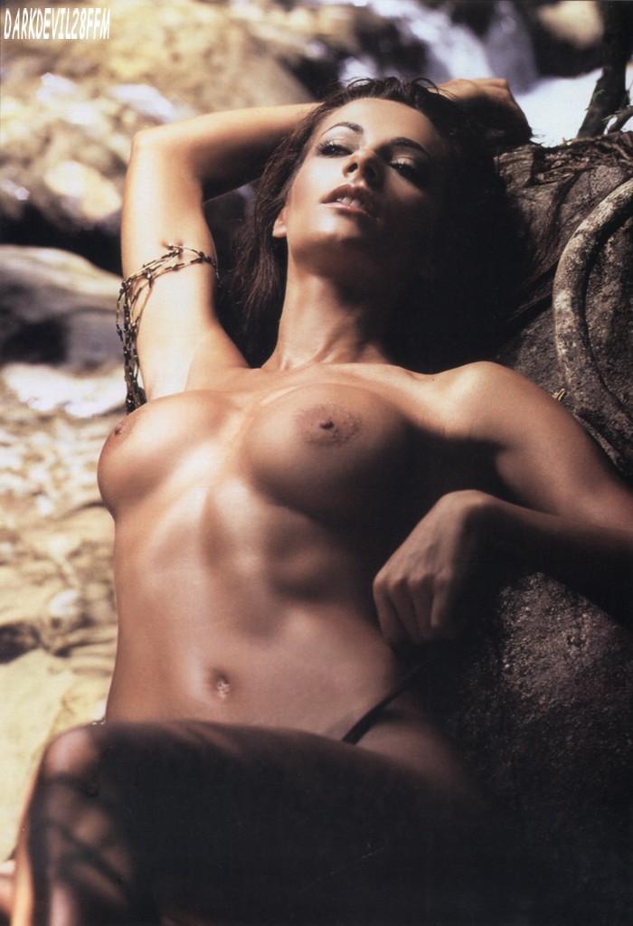 Cecilia Galliano – Revista H Extremo » cecilia-galeano-en-h-2
